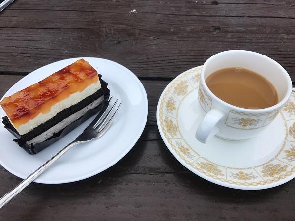 燕山荘のケーキ