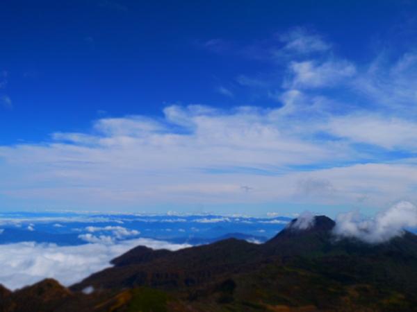 火打山頂上の景色2