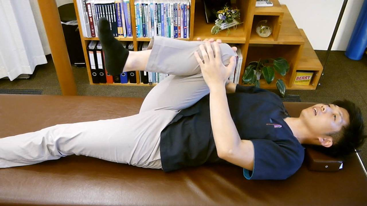 股関節屈曲検査
