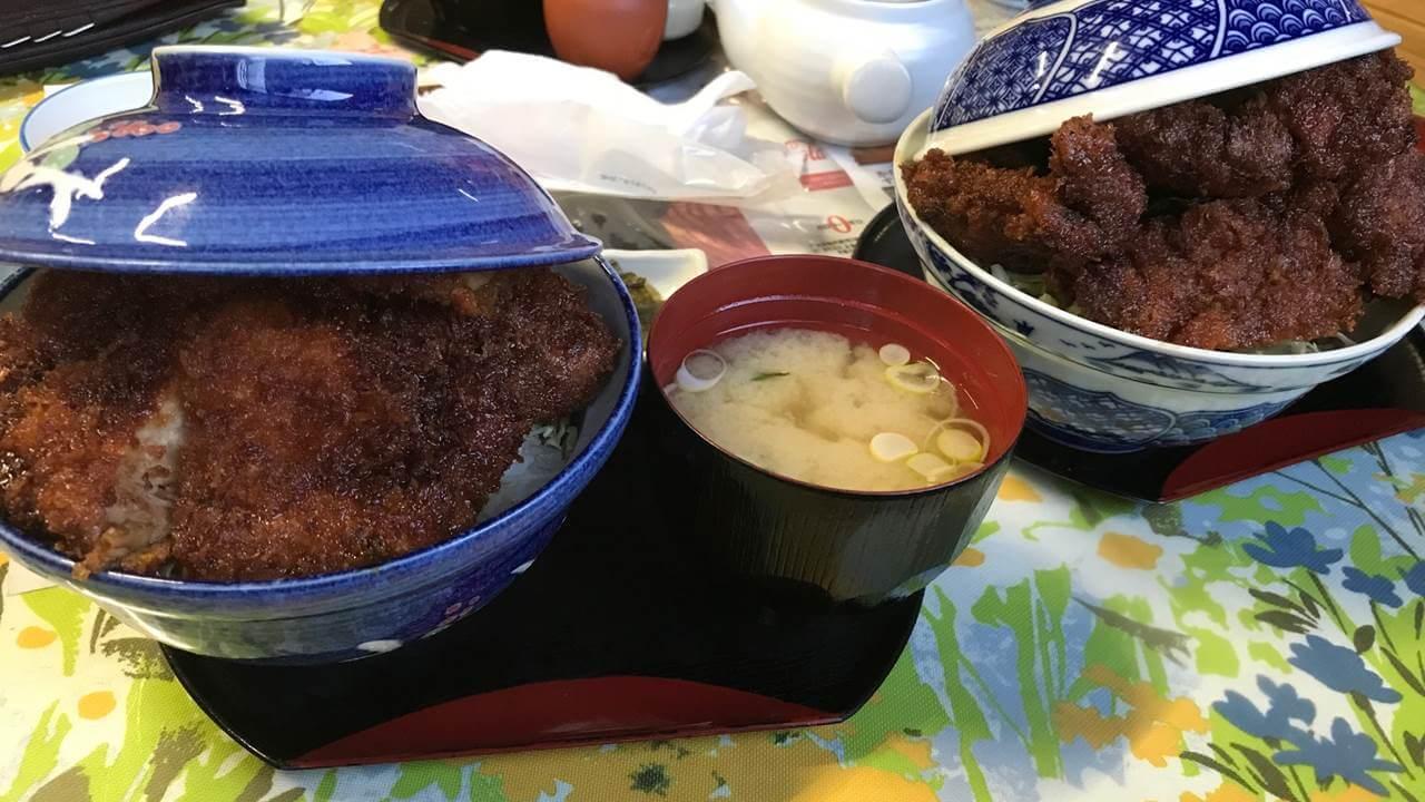 ソースカツとトンチキ丼