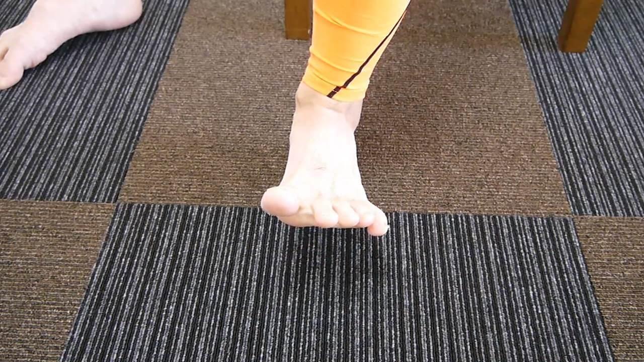 前足部柔軟エクササイズ