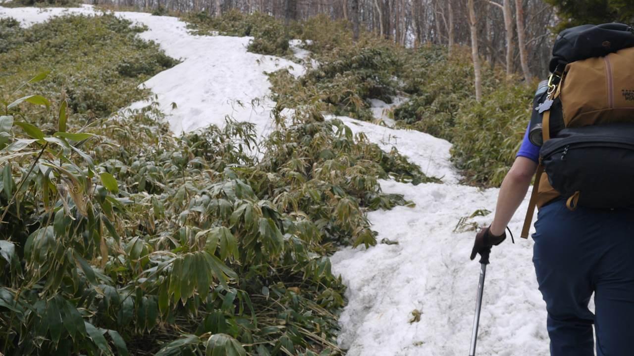 恵那山残雪登山