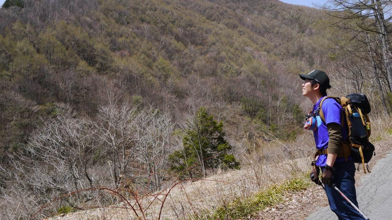 恵那山を眺める