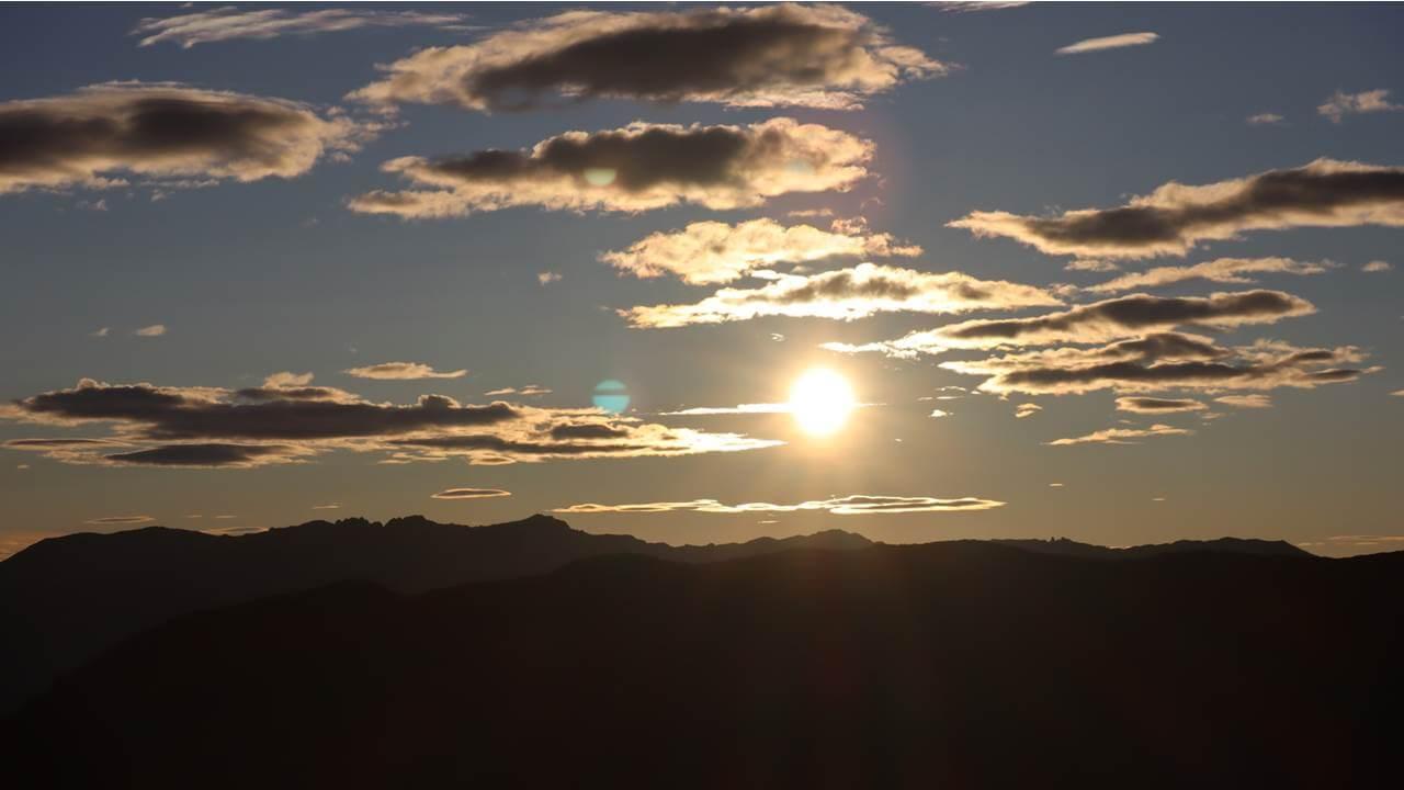 双六岳からの朝日