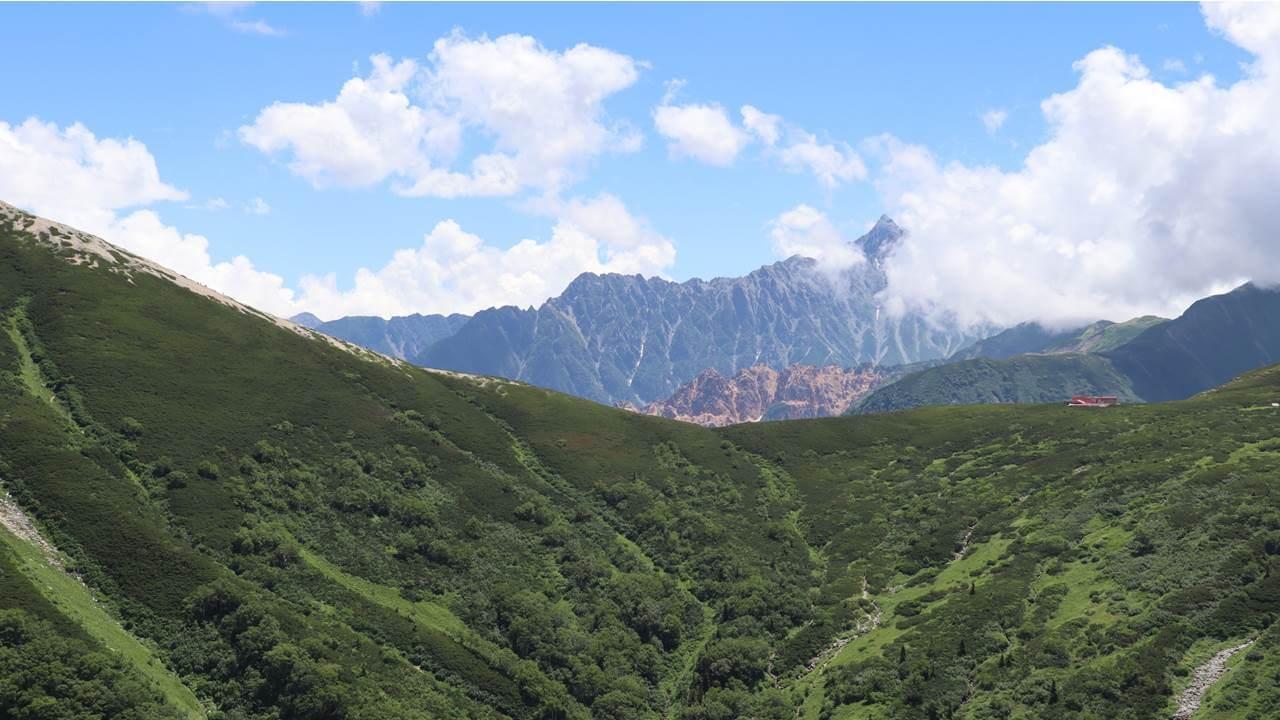 雲の平からみた槍ヶ岳